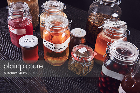 Variety of preserving jars  - p913m2134625 by LPF
