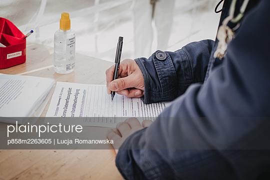 Certificate - p858m2263605 by Lucja Romanowska