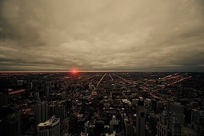Sunset in Chicago - p1399m1442187 by Daniel Hischer