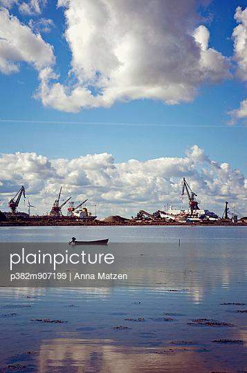 Shipbuilder - p382m907199 by Anna Matzen