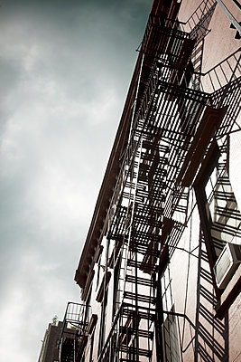 Fire escape in New York - p1248m1462092 by miguel sobreira