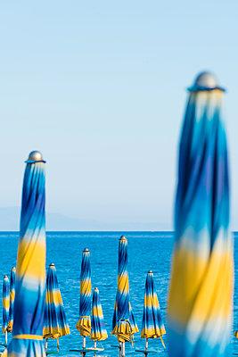 Strandschirme - p488m1446065 von Bias