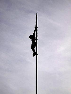 Crucifix under capped sky - p813m891707 by B.Jaubert