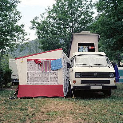 Kleiner Wohnwagen - p2670125 von Ingo Kukatz