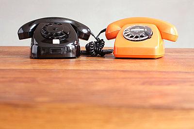 Telefon mit Wählscheibe - p214m1000367 von hasengold