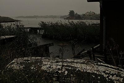 Raining - p322m715804 by Kati Kalkamo