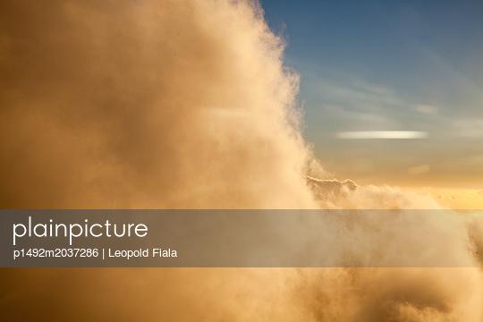 Wolkengebilde - p1492m2037286 von Leopold Fiala