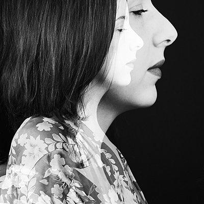 Female portrait in profile - p1543m2262414 by Sophia Snadli