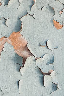 Peeled paint - p971m1332854 by Reilika Landen