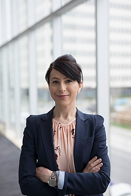 Portrait confident businesswoman - p1192m1473133 by Hero Images