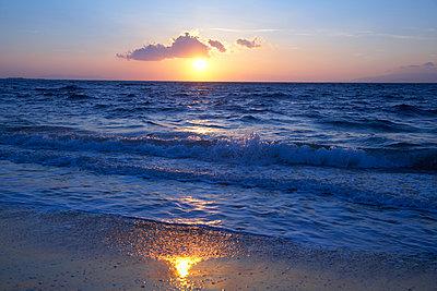 Sonnenuntergang - p1205m1020981 von Christina Anzenberger-Fink
