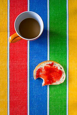 Skandinavisches Frühstück - p2481078 von BY
