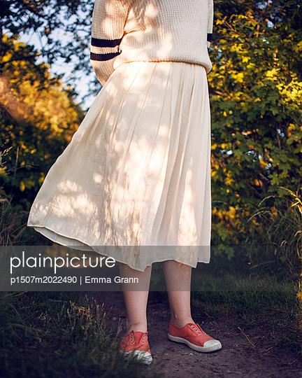 Im Winde - p1507m2022490 von Emma Grann