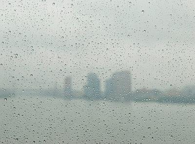 Regen in New York - p5690238 von Jeff Spielman