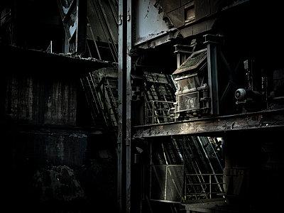 Alte Industrieanlage - p416m991144 von Stephan Jouhoff