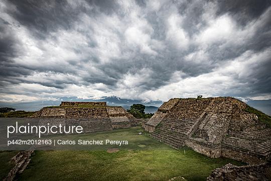 p442m2012163 von Carlos Sanchez Pereyra