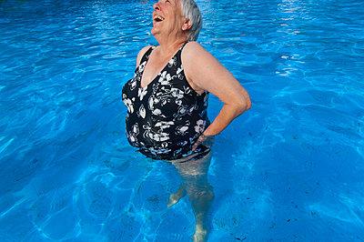 Schwimmbad - p427m972719 von Ralf Mohr