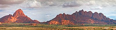 Mountain range, Spitzkop, Namibia - p4428043f by Design Pics