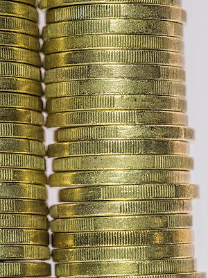 1 Euro Münzen - p401m1225581 von Frank Baquet