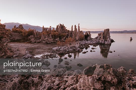 Mono Lake - p1507m2147992 by Emma Grann