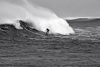 Surfer - p545m822563 by Ulf Philipowski