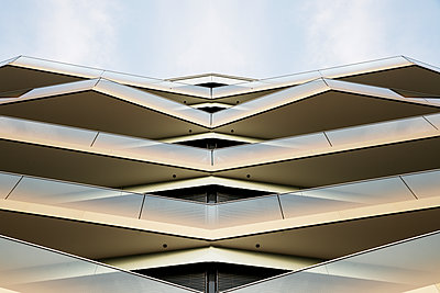Moderne Architektur in Berlin - p1212m1572951 von harry + lidy