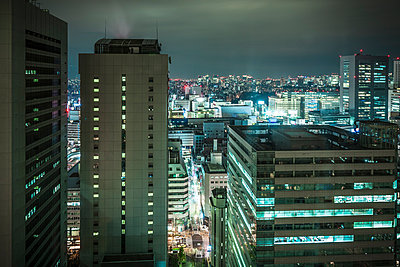 View of Tokyo at night,  Japan - p429m926138 by Dan Brownsword