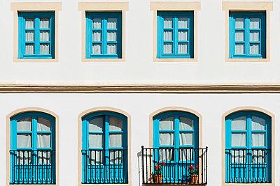 Fassade, Carmona - p488m1169023 von Bias