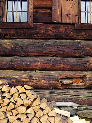 Wooden beam - p9792334 by Mayall