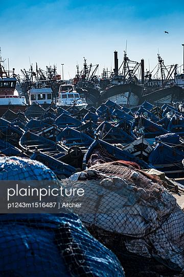 Fischerhafen von Essouira - p1243m1516487 von Archer