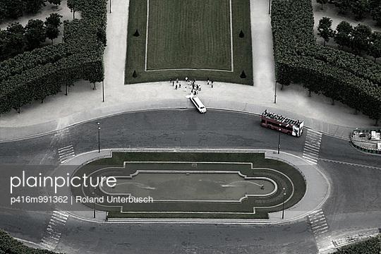 Stretch limousine - p416m991362 von Roland Unterbusch