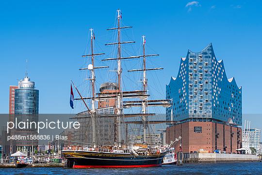 Segelschiff - p488m1588836 von Bias