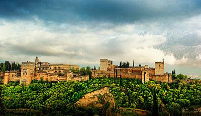 Alhambra full view  - p1445m2150452 by Eugenia Kyriakopoulou