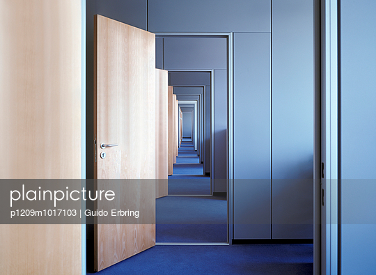 Rooms - p1209m1017103 by Guido Erbring