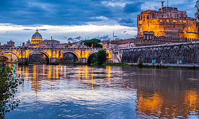 Italy, Rome, Ponte Sant'Angelo and Castel Sant'Angelo - p300m2080100 by Hans Mitterer