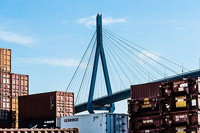 Brücke - p488m1181808 von Bias