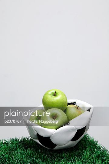 Äpfel - p2370767 von Thordis Rüggeberg