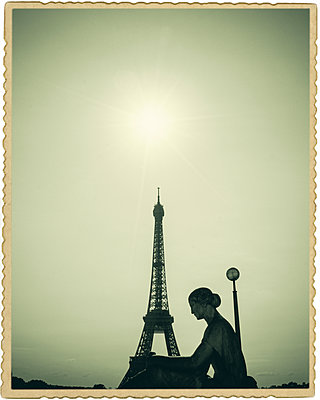 Eiffel Tower postcard - p1154m1110158 by Tom Hogan