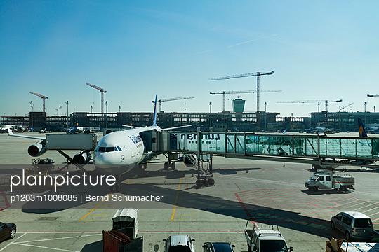 Airport - p1203m1008085 by Bernd Schumacher