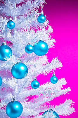 Christmas decoration - p1149m2027588 by Yvonne Röder