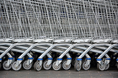Shopping trolleys - p876m853879 by ganguin