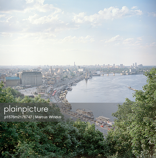 View of Kiev - p1576m2176747 by Marcus Windus