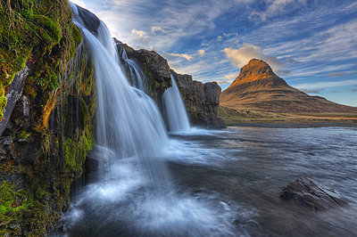 The mountain kirkjufell and waterfall kirkjufellsfoss on the snaefellsnes peninsula; grundarfjorour iceland - p442m839563 by Robert Postma