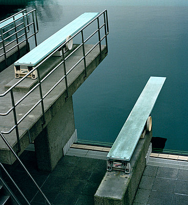 Three diving boards - p3011388f by fStop