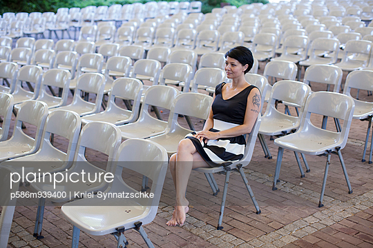 Open air stage - p586m939400 by Kniel Synnatzschke