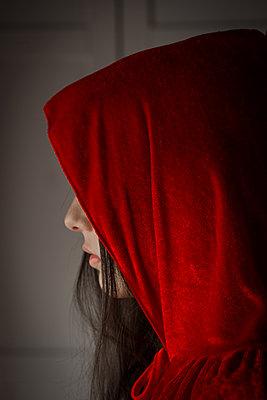 Hooded girl - p1623m2209918 by Donatella Loi