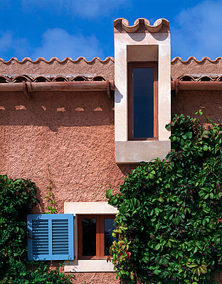 Son Vent Architectís Family Home in Mallorca - p8551886 by Richard Bryant