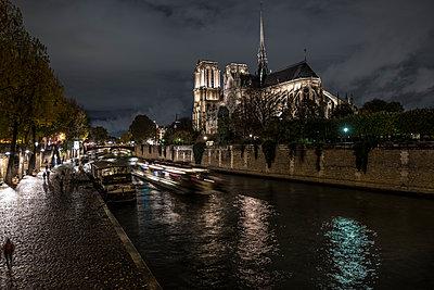 Kathedrale Notre-Dame de Paris - p1243m1515695 von Archer