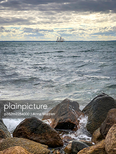 Sailing ship on the horizon - p382m2284000 by Anna Matzen