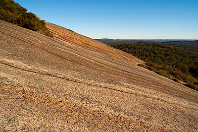 Bald Rock, Tenterfield, New South Wales, Australia, Pacific - p8713654 by Emanuele Ciccomartino